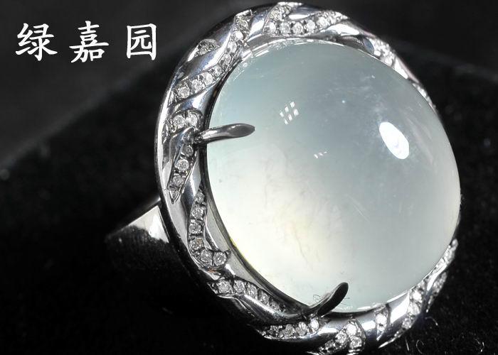 玻璃种翡翠戒指 98000元 .